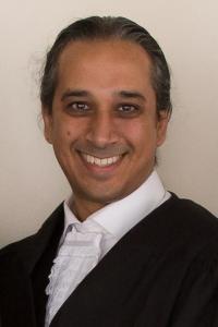Vassen, Mukesh